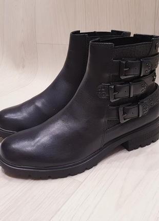 Tamaris - шикарные кожаные деми ботинки