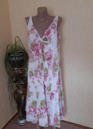 Нежное котоновое платье сарафан с бантом в принт цветы