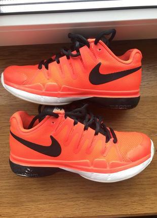 Nike кроссовки обувь для спорта оригинал