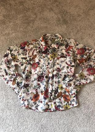 Красивая блуза рубашка цветочная белая hm