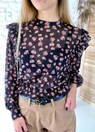 Неймовірна блуза в квітковий принт