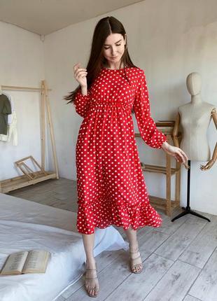 Красное миди платье в горох оверсайз. миди платье свободного фасоан в горошек. хс-м