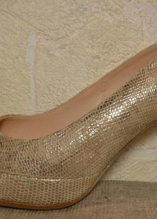 Р.38-38,5 испания, unisa, 100% натуральная кожа (с тисн. под рептилию), модные суперкомфортные туфли