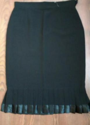 Классическая юбка с оборкой