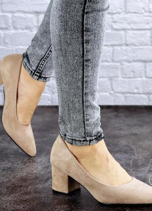 Женские туфли на каблуке черные pebbles 2015
