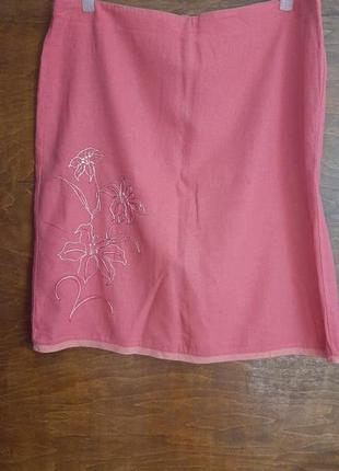 Льняная прямая юбка размера 52.