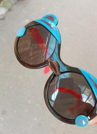Стильные качественные актуальные универсальные необычные детские очки