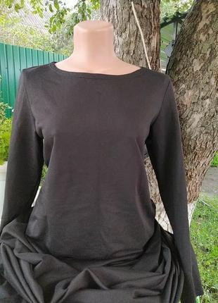 Черное  платье с карманами , очень очень очень длинное