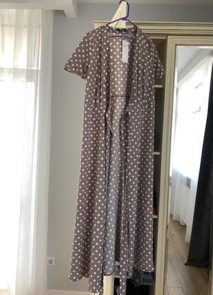 Платье на запах в горошек. новое. размер с