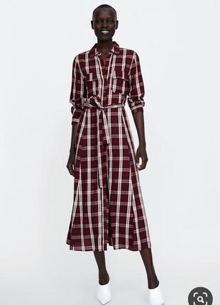 Длиное платье с поясом в клетку zara