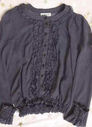 Шифонова блузка у горошок з рюшами