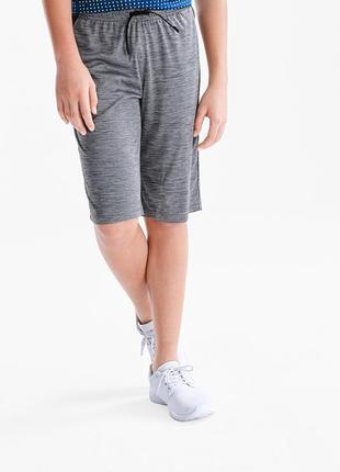 Спортивные шорты для мальчика c&a размер 146 см
