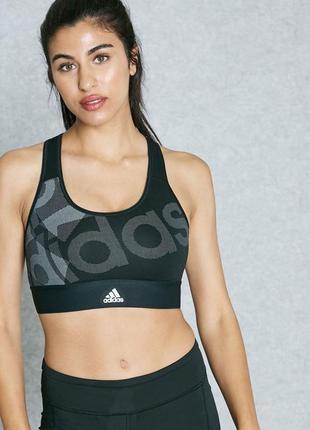 Крутейший спортивный топ/бюстгальтер с принтом adidas techfit