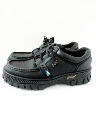 Кожаные туфли, полуботинки pod в спортивном стиле. размер eur 43.