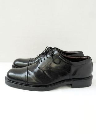 """Стильные классические кожаные туфли оксфорды """"barratts"""". размер uk10/ eur44."""