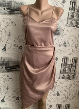 Очень красивое атласное платье / платье в бельевом стиле