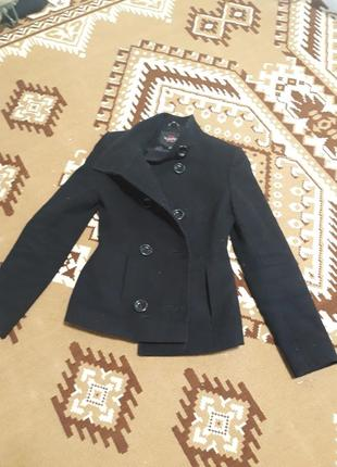 Кашемірова куртка