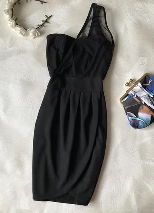 Маленькое чёрное платье на одно плечо new york laundry сетка