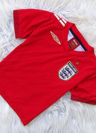 Стильная спортивная футболка england umbro