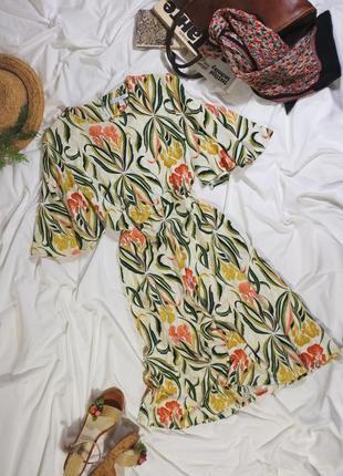 Шикарное платье миди в тропический цветочный принт с пышной юбкой и рукавами
