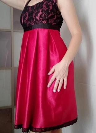 Платье нарядное коктельное