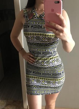 Красивое платье геометрия