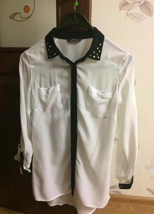 Сорочна біла з чорними вставками s
