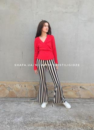 Шикарная красная фактурная блуза на запах