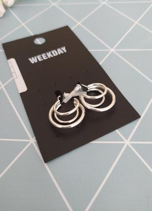 Сережки кільця, серьги кольца weekday з сайту asos