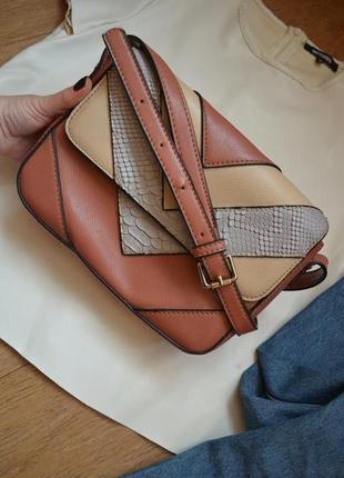 Оригинал итальянская сумка crossbody richard коричневая кросбоди вместительная эко кожа
