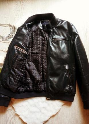 Утепленная синяя мужская куртка кожанка с манжетами zara косуха темная почти черная