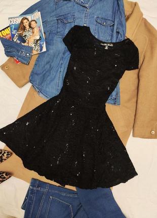 Платье чёрное гипюровое с пайетками mela loves london