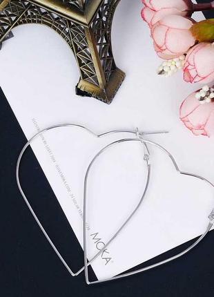 Серьги в форме сердца под серебро