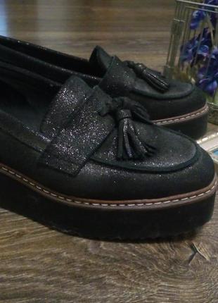Туфли лоферы 100% натуральная кожа.