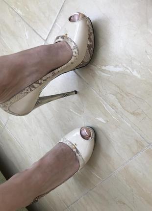 Итальянские кожаные туфли