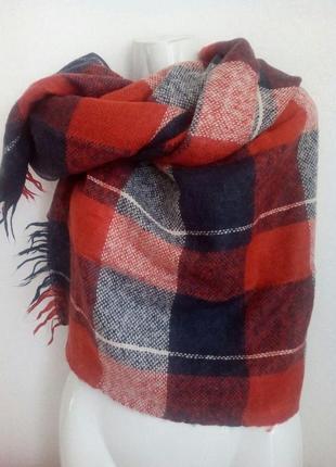 Великий і дуже теплий зимовий шарф