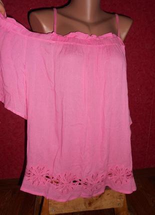 Блуза с кружевом 100% вискоза марлевка открытые плечи 52-54 р