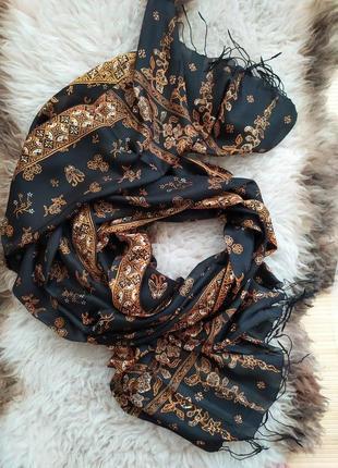 Широкий  шарф с узором   натуральный шелк / палантин / хиджаб