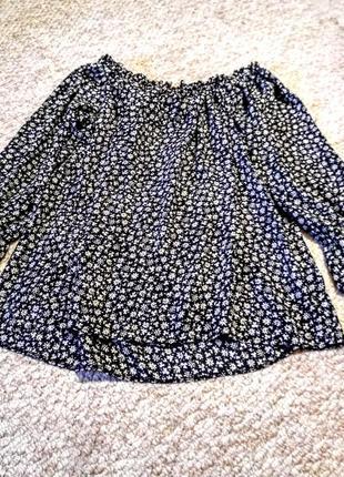 Брендовая  блузка летняя