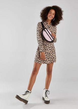 Штапельное платье-рубашка в леопардовый принт животный