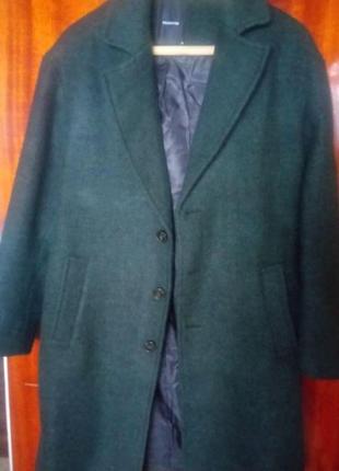 Продам зелёное пальто мужское новое из польши, оригинал s размер