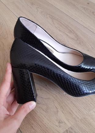 Туфли zara базовые лодочки натуральная кожа