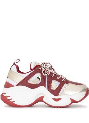 Массивные кросовки со вставками