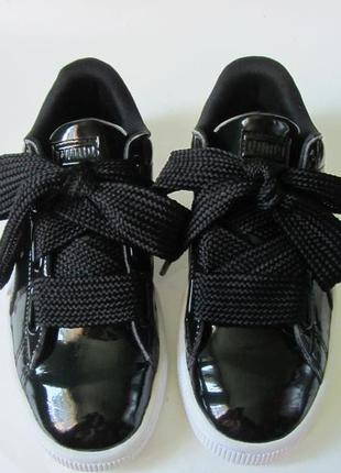 Кросівки лакові puma basket.