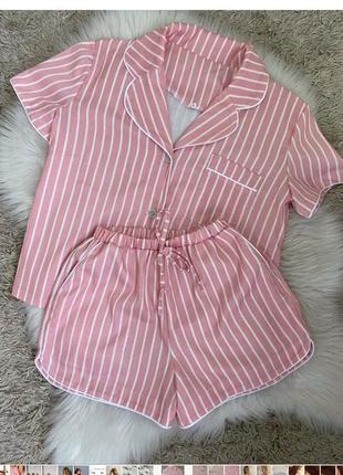 Женская розовая пижама в полоску