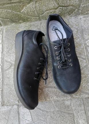 38 p. clarks кожаные супер комфортные мягкие туфли мокасины кеды