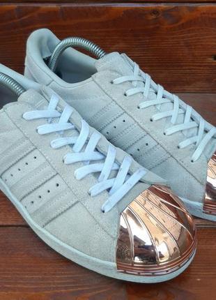 Кожаные кроссовки с металлическим носком adidas superstar!