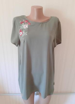 Очень красивая блуза с вышивкой от new look
