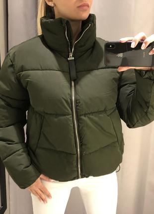 Дутая демисезонная куртка. reserved. размеры уточняйте.