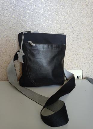 Radley небольшая повседневная сумка на длинном ремне.